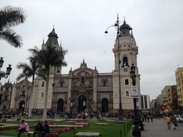 Plaza de Armas de Lima amb la seva catedral