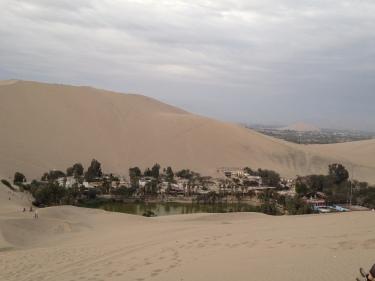 Oasis de Huacachina al mig del desert