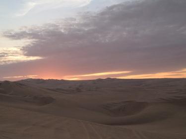 Cau el sol al mig del desert