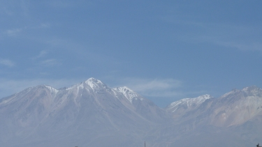 Els volcans Chachani i Pichu Pichu rodegen Arequipa
