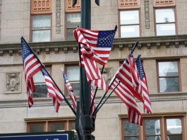 Banderes i més banderes