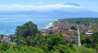 Nusa Lembongan amb Bali al fons