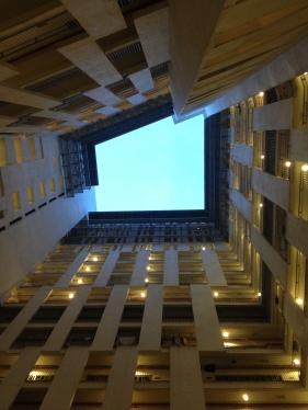 Mirant el cel des casa el Ritz
