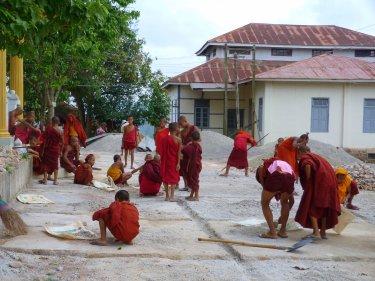 Els monjos estan enfeinats