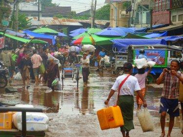 Les inundacions no impedeixen el bon funcionament del mercat