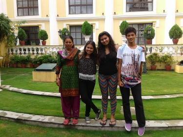 La Sushila, la Mina, la Jana i el Kiran