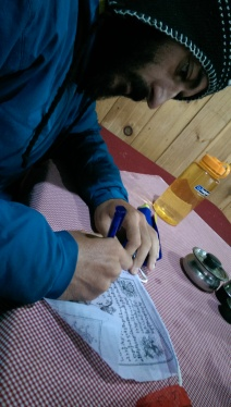 Escrivint pregàries pels nostres